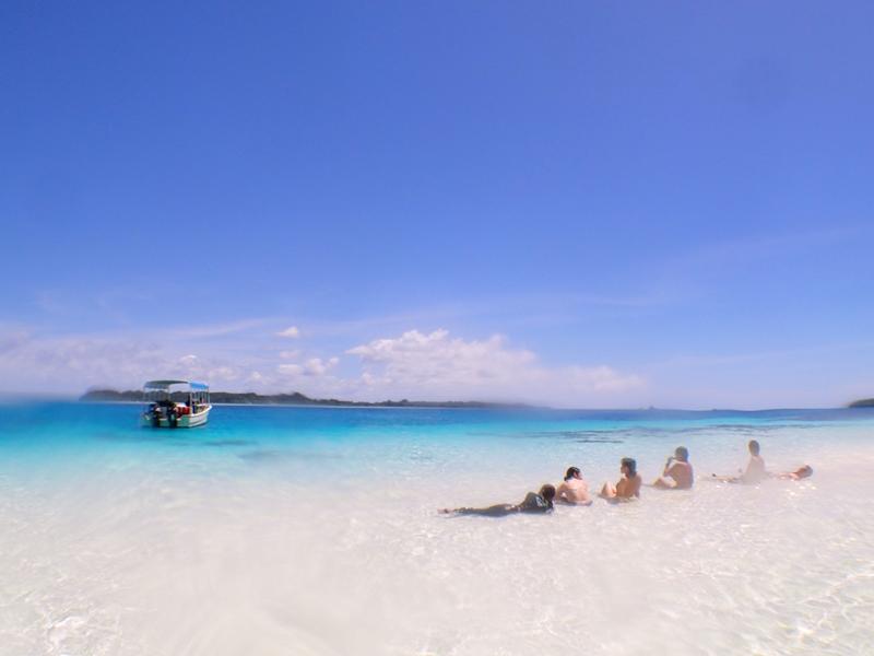 ジャーマンビーチで休憩@パラオダイビングツアー