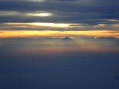 帰りの飛行機からの富士山