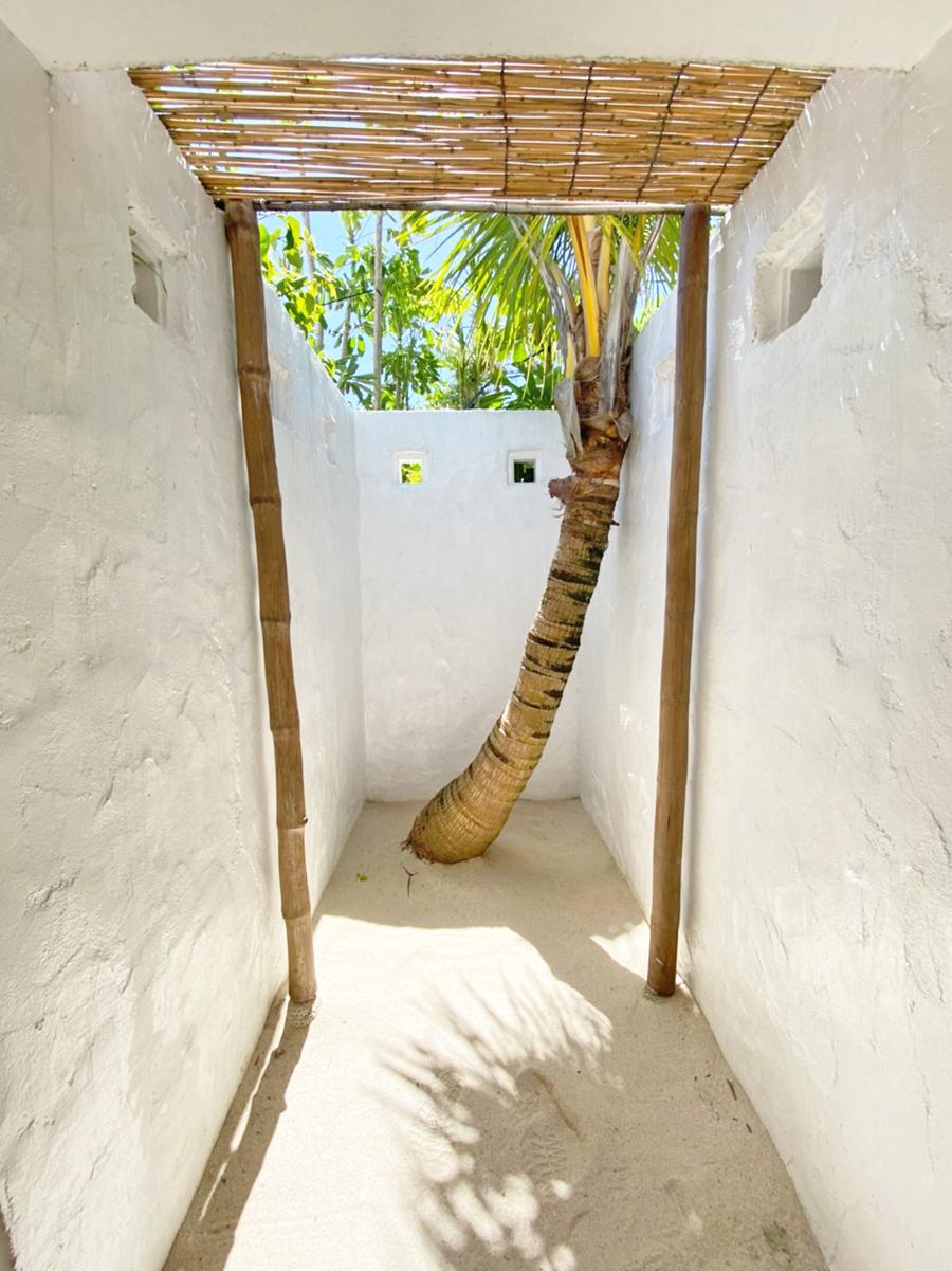 栗間島のCAFEのトイレ