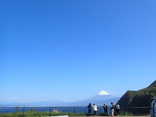 雨が止んで富士山が
